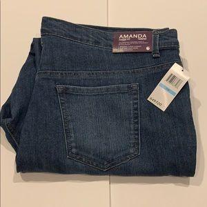 Gloria Vanderbilt Amanda jeans size 20W NWT